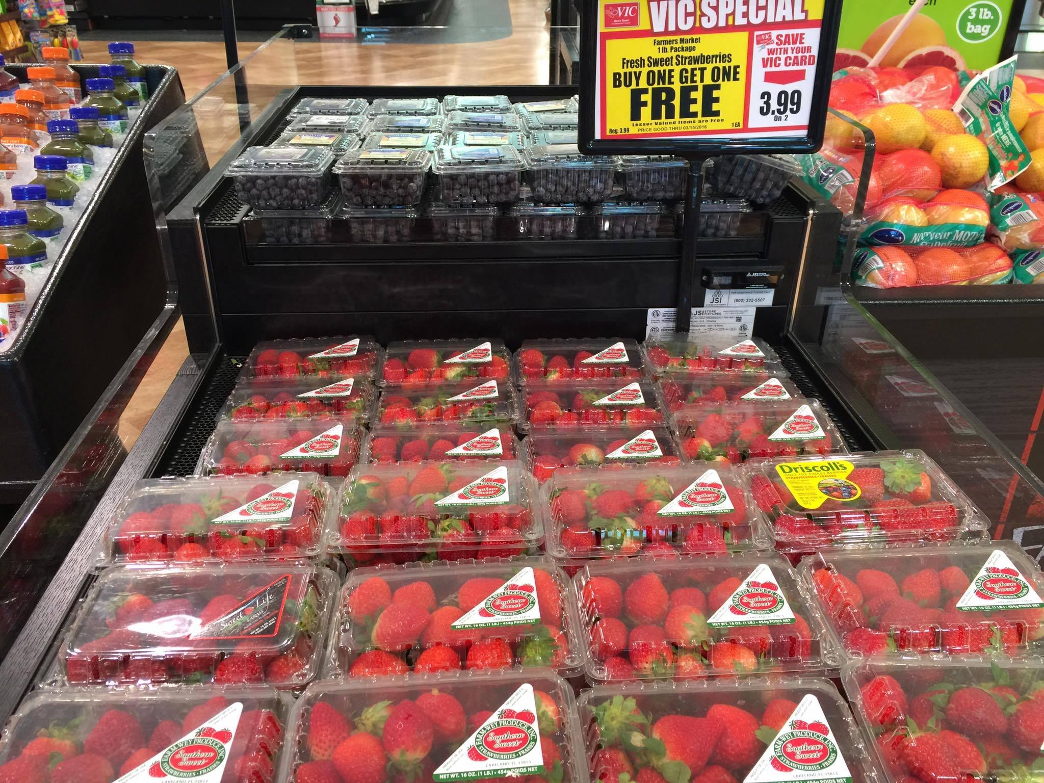 Harris Teeter Strawberries
